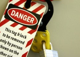 lock out tag out warning signs